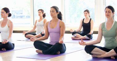 ممارسة اليوجا تؤدي إلى انخفاض ضغط الدم